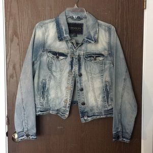 Light wash blue jean jacket | Forever 21+